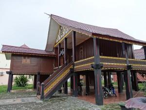 Традиционный дом аласов.
