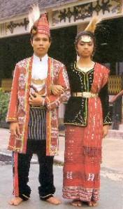 Традиционные костюмы.