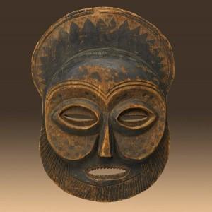 Традиционная маска.