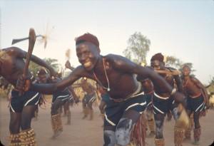 Танцоры амбунту.