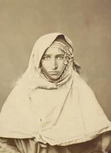 Традиционный женский головной убор.