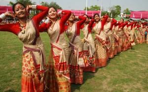 Танец в честь ассамского Нового Года.