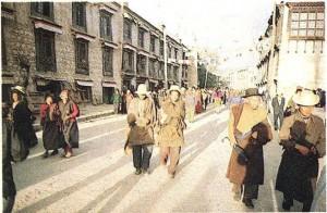 Тибетцы. Лхаса.